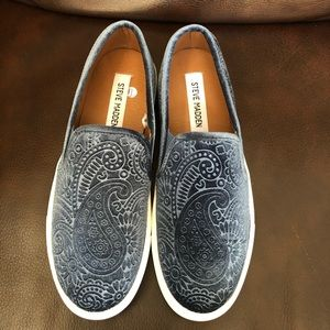 Steve Madden Women's shoes Sz 7.5 New without box